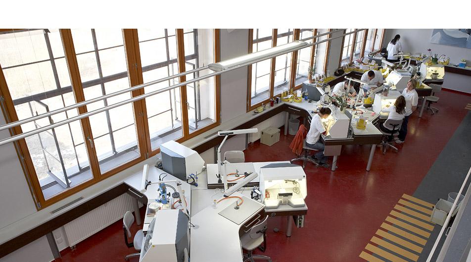 Konzept innenarchitektur um und ausbau dentallabor for Innenarchitektur dresden