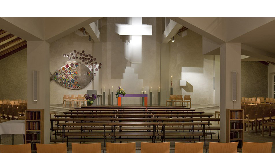 Konzept innenarchitektur farbgestaltung kirche for Halle innenarchitektur